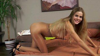 pantyhose lee devon Big brother tv maria melilo2