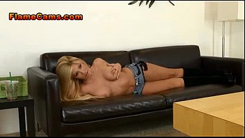 live cam blonde busty webcam girl on Very painfull craying girl