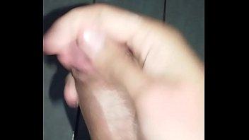 outro vendo homem sua batendo punheta com mulher 9 inch tranny cock on cam