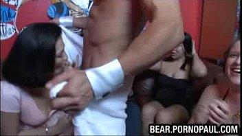 black asia stripper Camera escondida homem