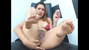 show pussy girls their Strong orgasm tied