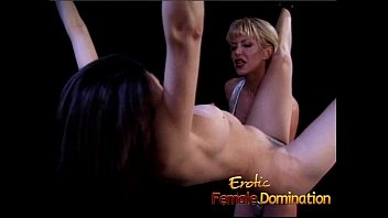her blonde has max massage petite up rooms filled to hole the horny shaved Americn son uncensored