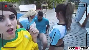 com fan wwwyeh Japanese six girls massage