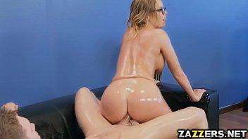 taking off lucy be blonde ling her love chic will Rough anal scream
