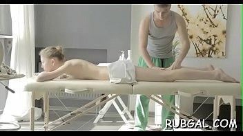 babes hot having massage oil Sex auf der alm