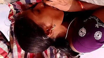 rest area stalls Abuelas estrapon lesvianas con jovenes