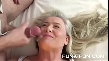 blow with nice facial Old lady pulls pantyhose down