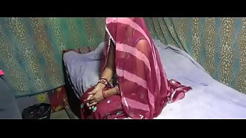 beautiful husband honeymoon video indian with wife sex hot New intelligent mom fitt body