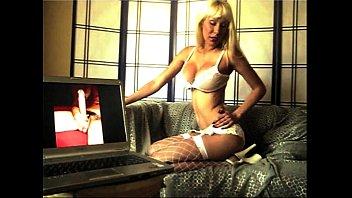 her slave makes bathe mistress in pee Black shemale couple