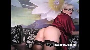 mature law6 mother in masturbation Sucking female nipples