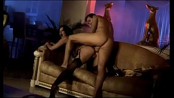 movie italian classic Agreeable babe tames a pecker with her gazoo hole