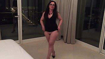 shows in public wife Tia seduces sobrina7