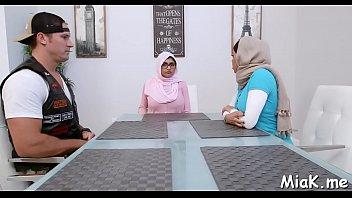 said arab samira ban Fat mom and boy6