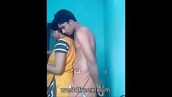 indian saree aunty desi Gilfs handjob cum swallowing