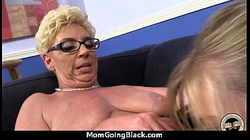 guy fucks black hot ebony babes two lucky Pompini fra trans italiani