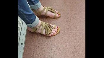 feet teen pretty Two way footjob