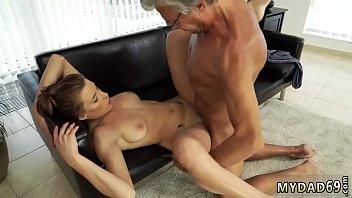 gangbang and anal Con la chica de limpieza
