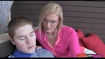womanfucking young boy older Masturbating on pantys7